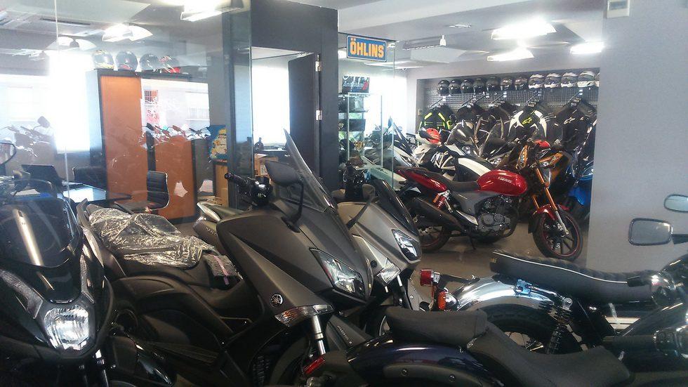 Tienda de Motos Madrid - Scooters - Accesorios 06