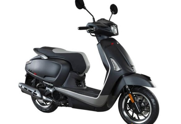 4210-06-kymco-like-s-125-estatica-estudio