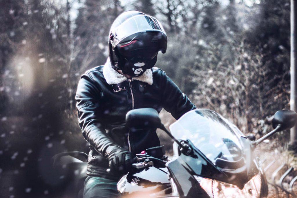 Best Winter Motorcycle Gloves 0 Hero 1087x725 1