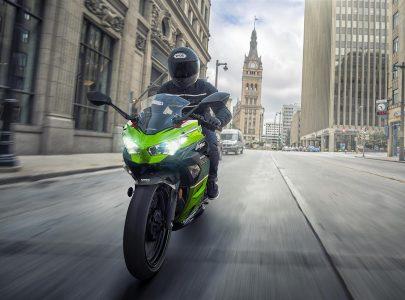 Kawasaki Ninja 400 2020 Accion 03