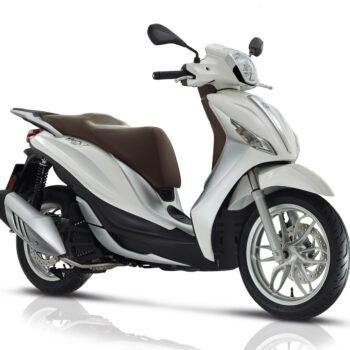 01 Piaggio Medley 150 2019 Estatica