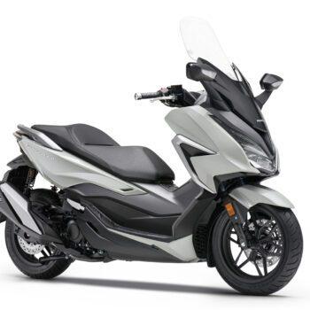 01 Honda Forza 350 Estudio Gris